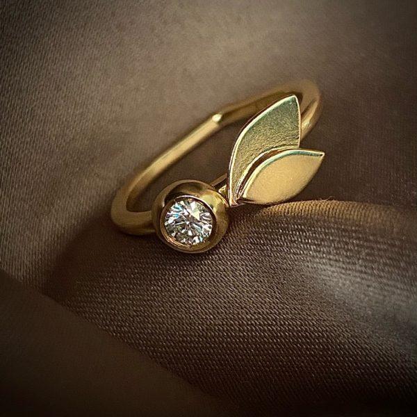 Hjerteformet guldring